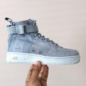 NEW Nike SF Air Force 1 Light Pumice Grey - 7.5